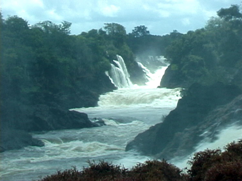 Cachoeira da Pancada no Erepecuru